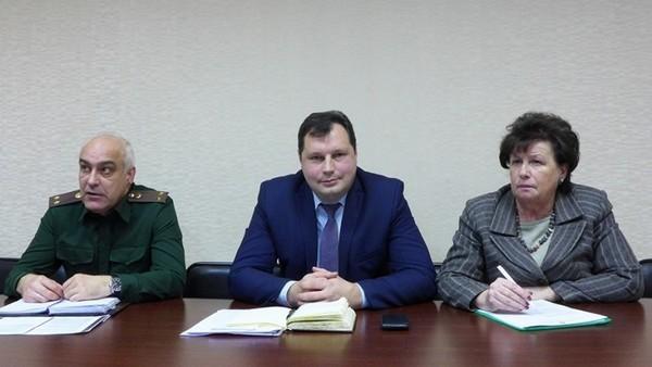 С.Сусоров, А.Лазарев, Н.Ковалева.
