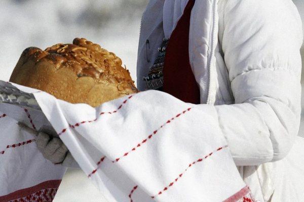 хлебсоль,хлеб-соль,хлеб,соль,Русь,обычаи,встреча гостей,