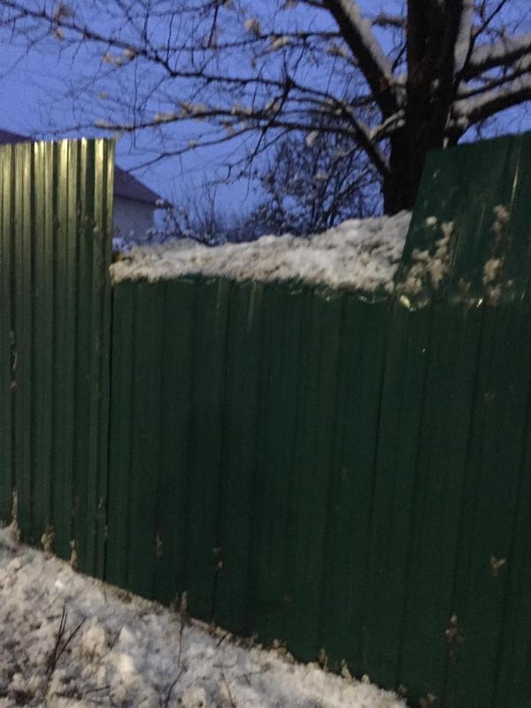 деревня Чудиново,Вязниковский район,трасса М-7,сломан забор,дорожная техника,расчистка снега,