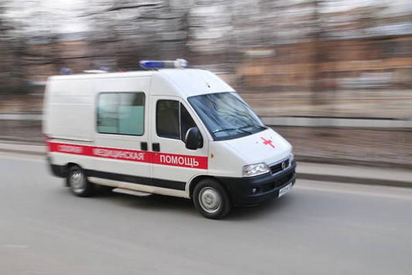 скорая медицинская помощь,карета скорой помощи,машина скорой помощи,неотложка,