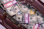 доллары,сумка с долларами,ограбили банк,