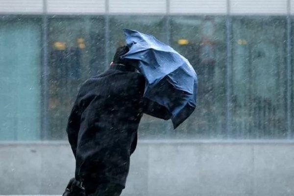 сильный ветер,штормовой ветер,штормовое предупреждение,экстренное предупреждение,шторм,