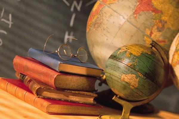 школа,образование,глобус.книги,учебники,