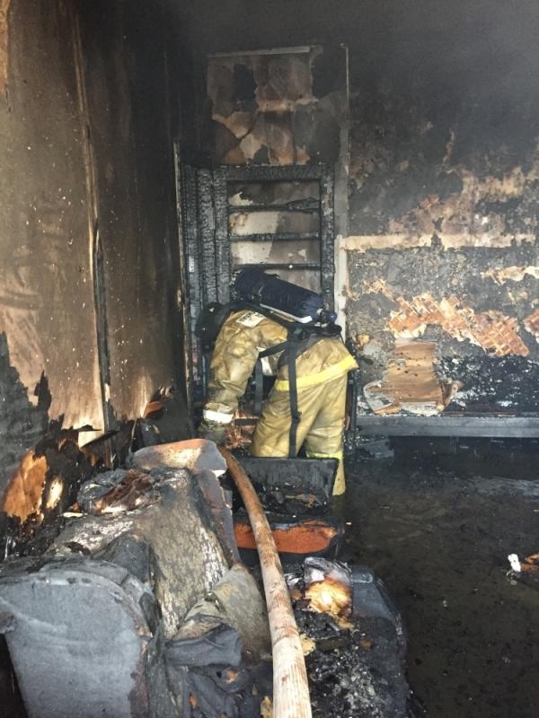 Пожар в многоквартирном жилом доме тушили 8 человек