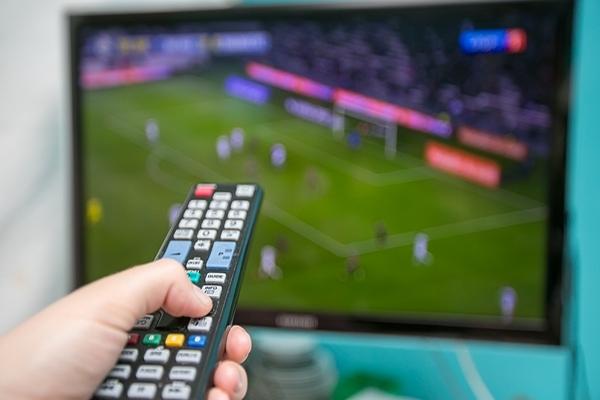 цифровое телерадиовещание,телевизор,пульт,