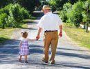 дед с внучкой,