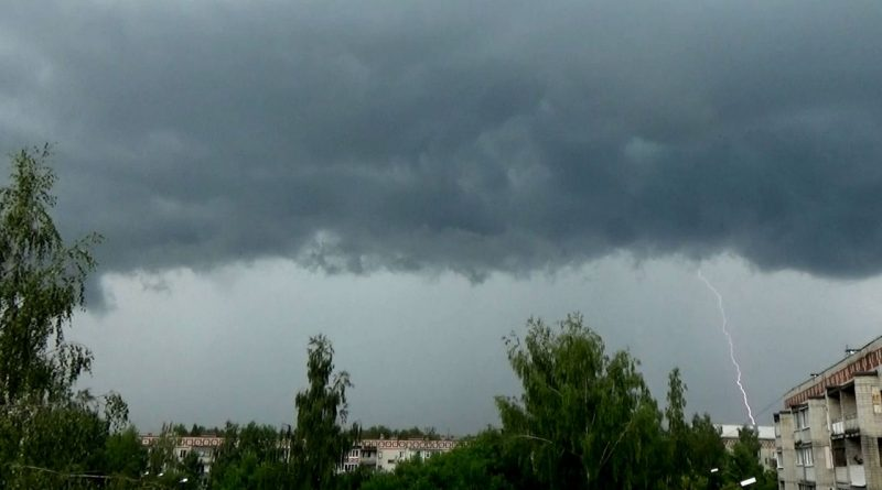 Вязники,лето,дождь,гроза,молния,
