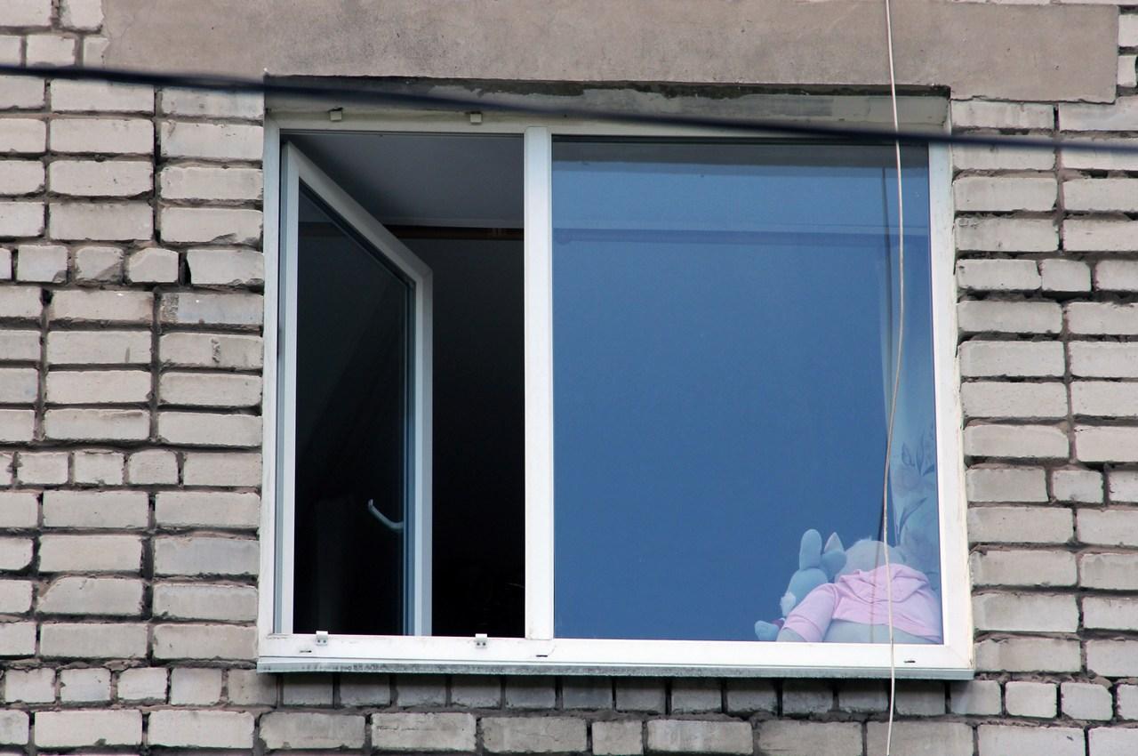 Четырехлетний ребёнок погиб, выпав из окна 4 этажа