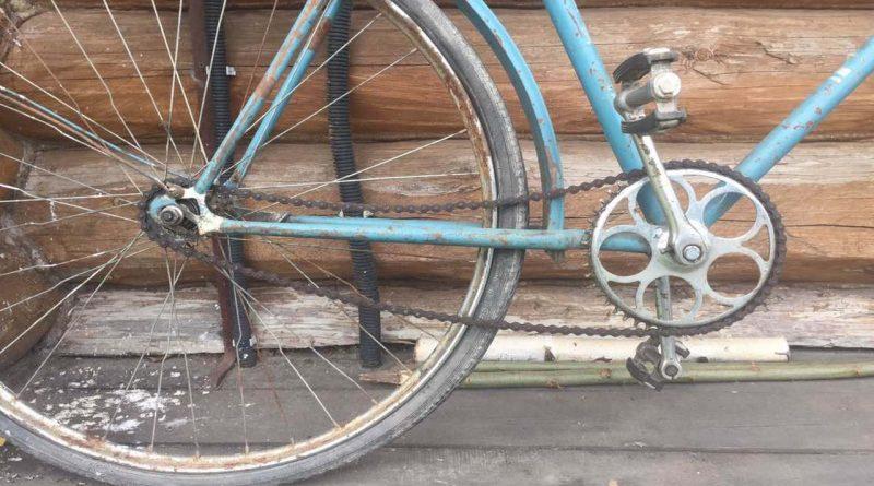 старый велосипед,