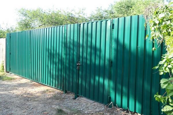 забор из профнастила,