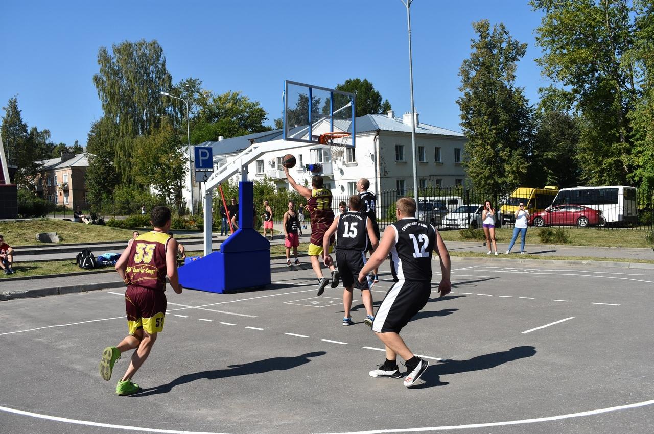 В Вязниках прошёл областной чемпионат по уличному баскетболу