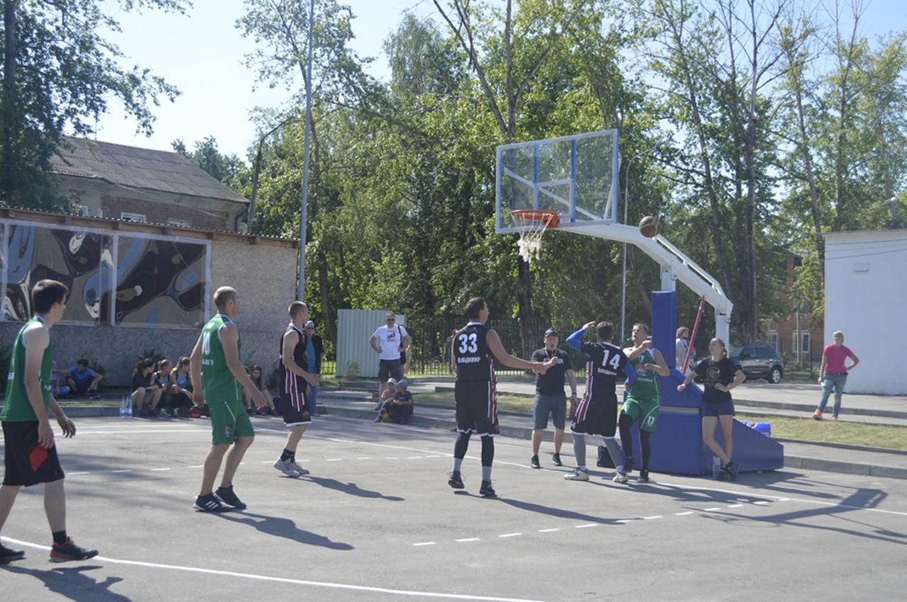 В Вязниках баскетбол «вышел» на улицу