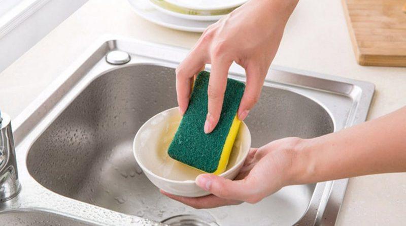 мыть посуду,губка для мытья посуды,