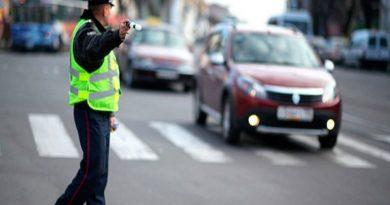 Штраф за отказ пропускать пешеходов на переходе вырос на тысячу рублей